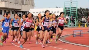 女子選考レース