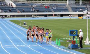 中学女子1500m