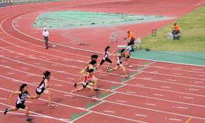 中学女子100m