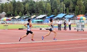 男子小学生800m