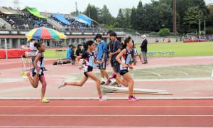 女子小学生800m