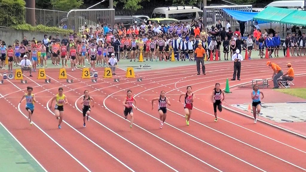 中学2年女子100m