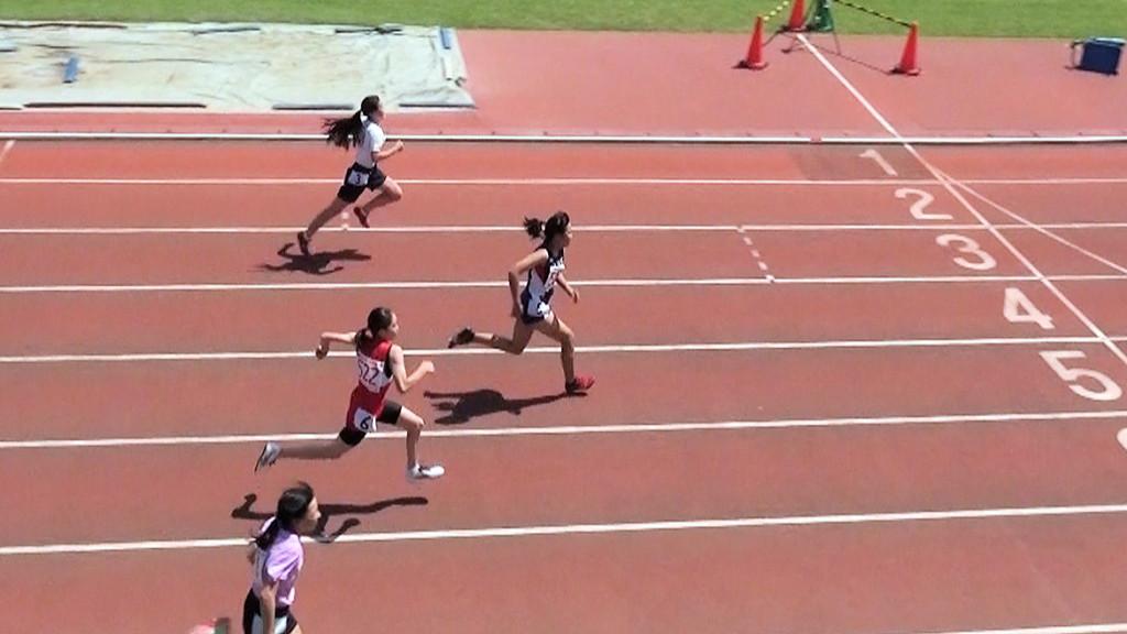 小学5年女子100m