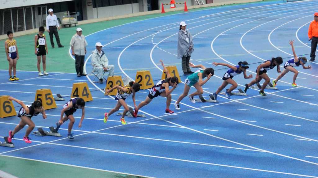 小学女子100m決勝